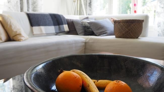 Kun sohva kutsuu, kutsuvat myös käsityöt.