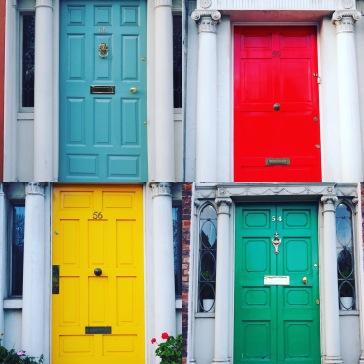 Dublinin ovet.